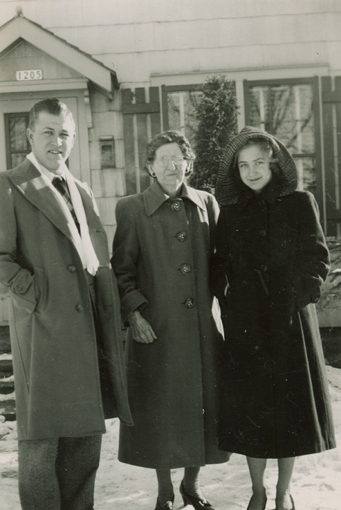 JerryBarwineckEmmaZierkeJacqueleneBarwineck1950